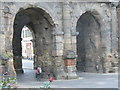 ULA3014 : Porta Nigra - Doppeltor (Porta Nigra - Double Gateway) by Colin Smith