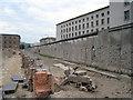 UUU9018 : Topographie des Terrors / Berliner Mauer by Sebastian und Kari