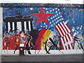UUU9318 : Wandbild, East Side Gallery (Mural) by Colin Smith