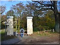 UUU8532 : Hermsdorf - Mauerdenkmal am Entenschnabel (Berlin Wall Memorial at the 'Duck's Bill') by Colin Smith