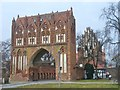 UUV8435 : Neubrandenburg - Stargarder Tor (Stargard Gate) by Colin Smith
