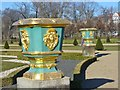 UUU8420 : Schloss Charlottenburg - Zierurnen (Decorative Urns) by Colin Smith